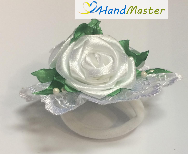 """Резинка для волосся """"Три білі Троянди"""""""